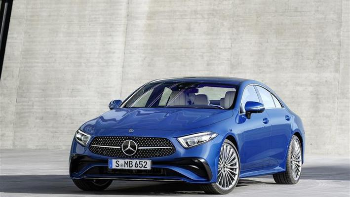 Mercedes-Benz CLS Coupe CLS 300d 4Matic AMG Line Ngt Ed Pr + 4 Doors 9G-Tronic