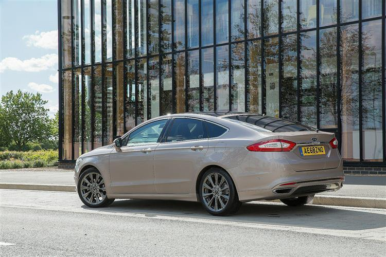 Ford Mondeo Vignale Hatchback 2.0 EcoBlue 190 5 Doors Powershift AWD