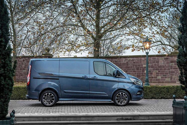 Ford Transit Custom 300 L2 Fwd 2.0 EcoBlue 130ps Low Roof Limited Van Auto