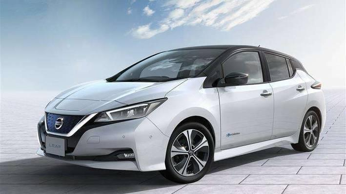 Nissan Leaf Hatchback 110kW N-Connecta 40kWh 5 Doors Auto
